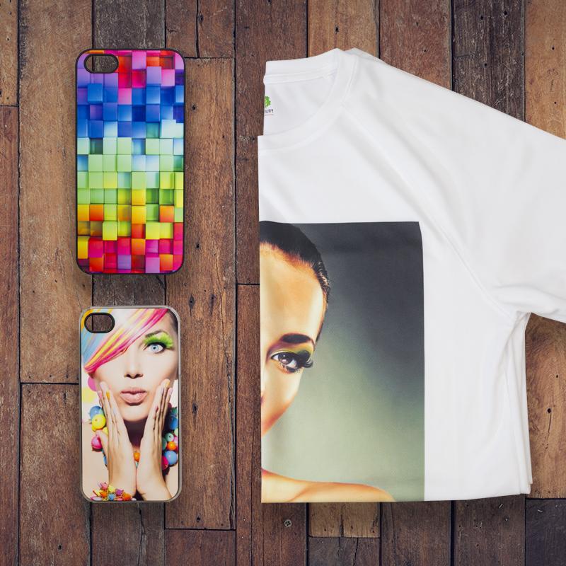 Koszulka i etui do dwóch telefonów z wizerukami kobiety trzymającej się za twarz